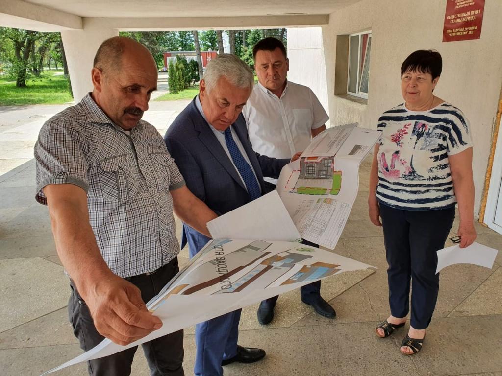 4 инициативное бюджетирование план ремонта площади.jpg